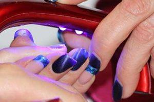 Pintura acrílica para uñas
