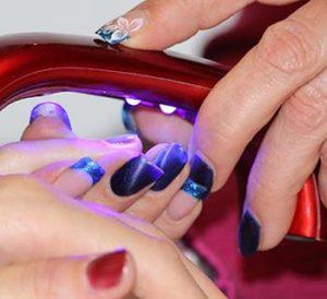 Pintura acrílica para uñas, tips para decorar tus uñas ...
