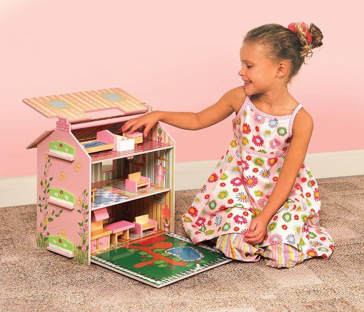 Casa de muñecas de madera: la estructura