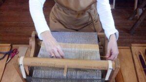 Hacer los tapices en casa con un telar